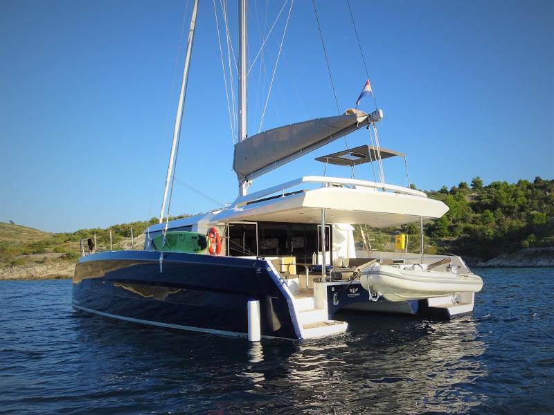 Dufour 48 Catamaran (SHU - BLUE HULL, AC+GEN., UNDERWATER LIGHTS)  - 47