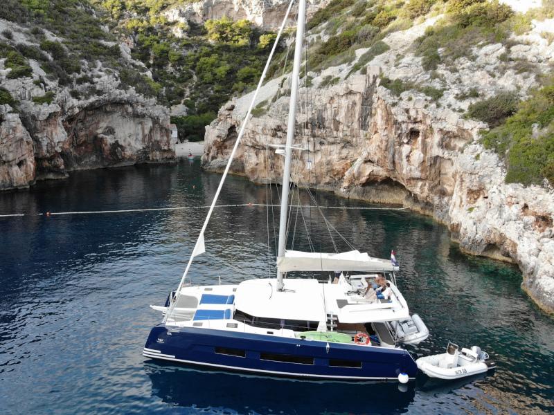 Dufour 48 Catamaran (SHU - BLUE HULL, AC+GEN., UNDERWATER LIGHTS)  - 61