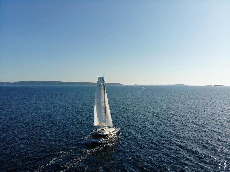 Dufour 48 Catamaran (YAM - BLUE HULL, AC+GEN., UNDERWATER LIGHTS)  - 11