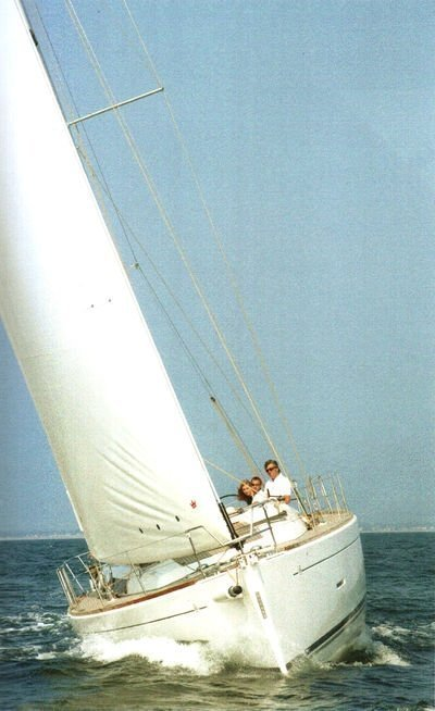 Dufour 450 GL (Dans) Sailing - 44