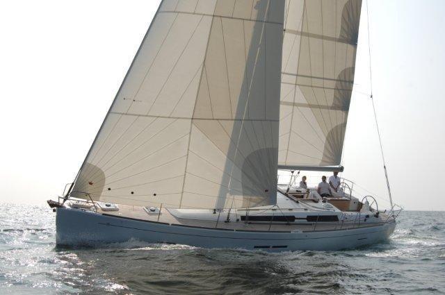 Dufour 450 GL (Dans) Sailing - 34
