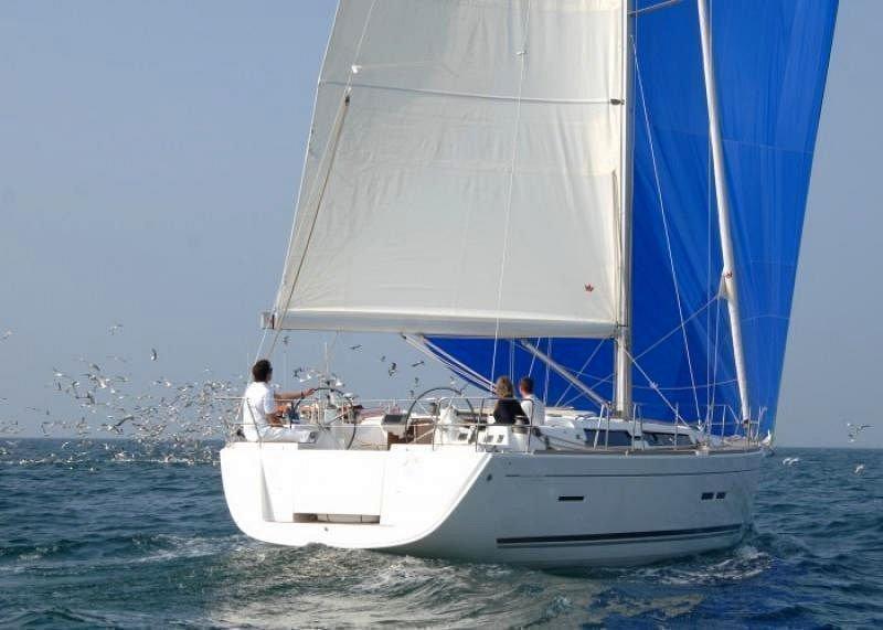 Dufour 450 GL (Dans) Sailing - 33