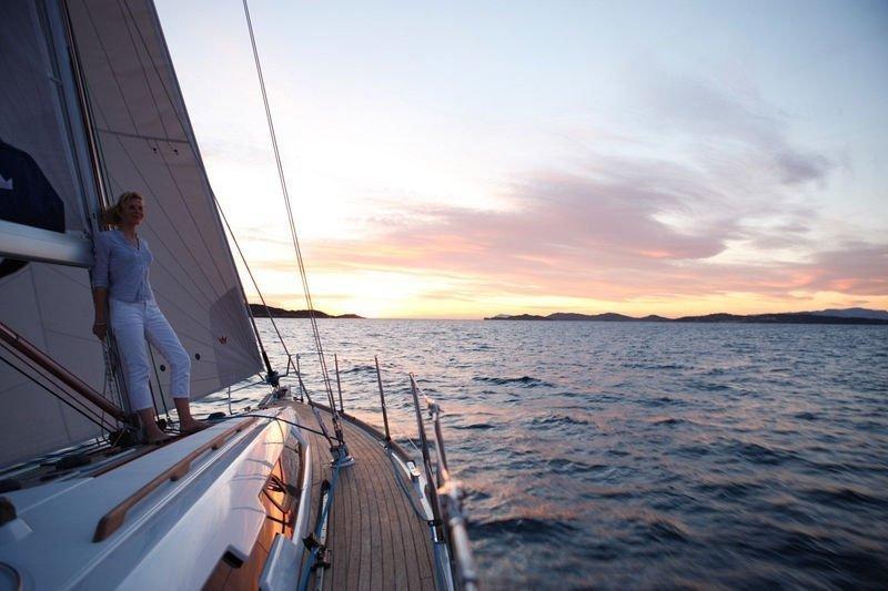 Dufour 450 GL (Dans) Sailing - 9
