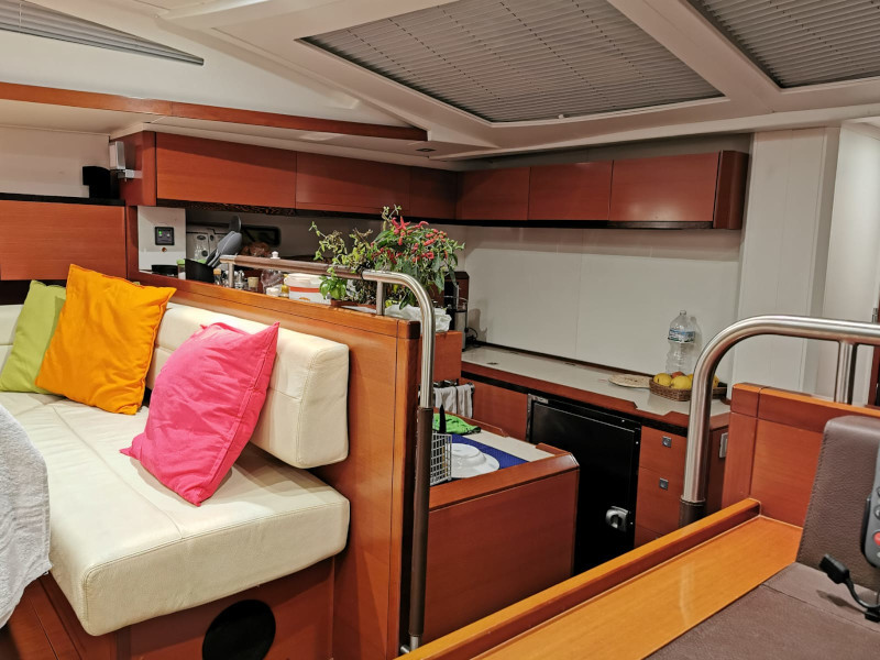 CNB Bordeaux 60 (AnnaBolina) Interior image - 10