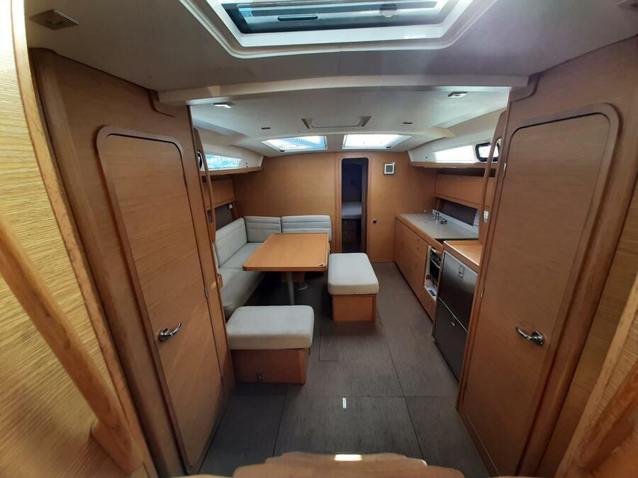 Dufour 460 Grand Large Aquilo 2016 (Aquilo Refit 2021) Interior image - 10