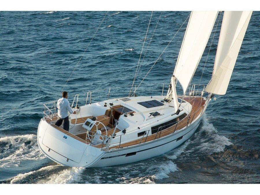 Bavaria Cruiser 37 (Marlo) Main image - 3
