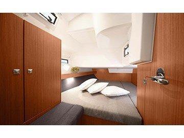 Bavaria Cruiser 41 (Quintessa) Interior image - 4
