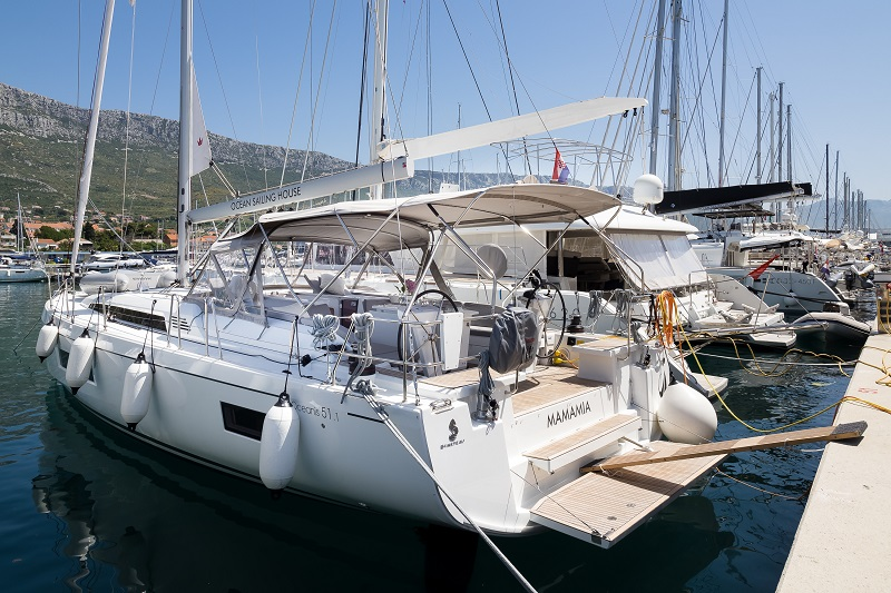 Oceanis 51.1 (MAMAMIA (WITH AC&GENERATOR OWNER VERSION))  - 10