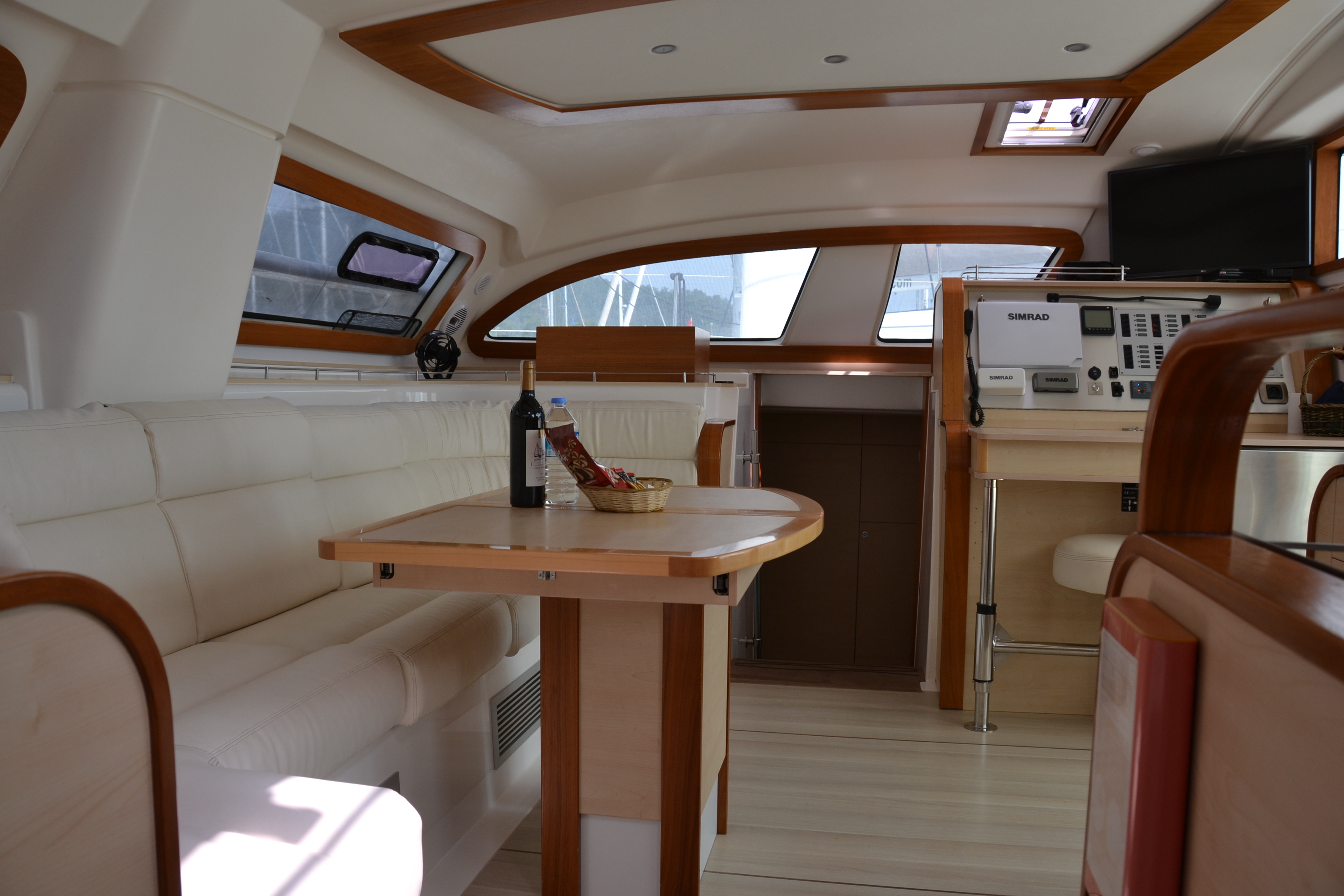 Catana 47 Carbon (Xenia II)  - 11