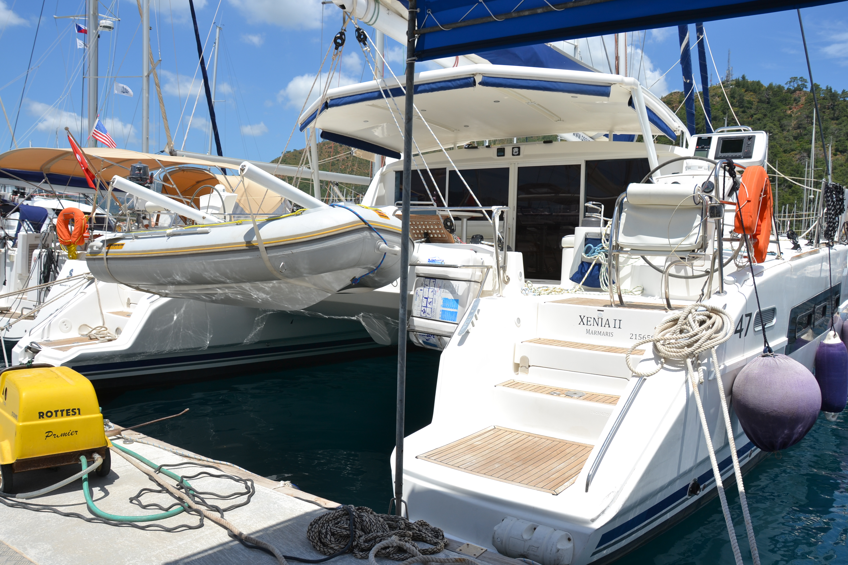 Catana 47 Carbon (Xenia II)  - 12