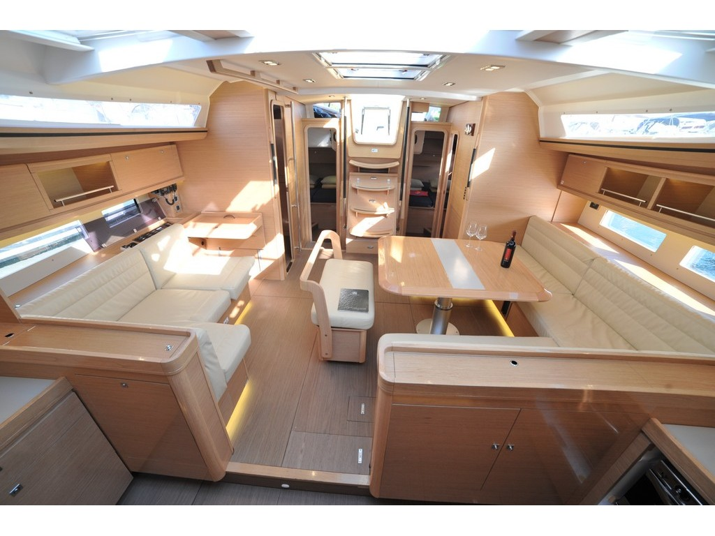 Dufour 56 Exclusive (Friska) Interior image - 9