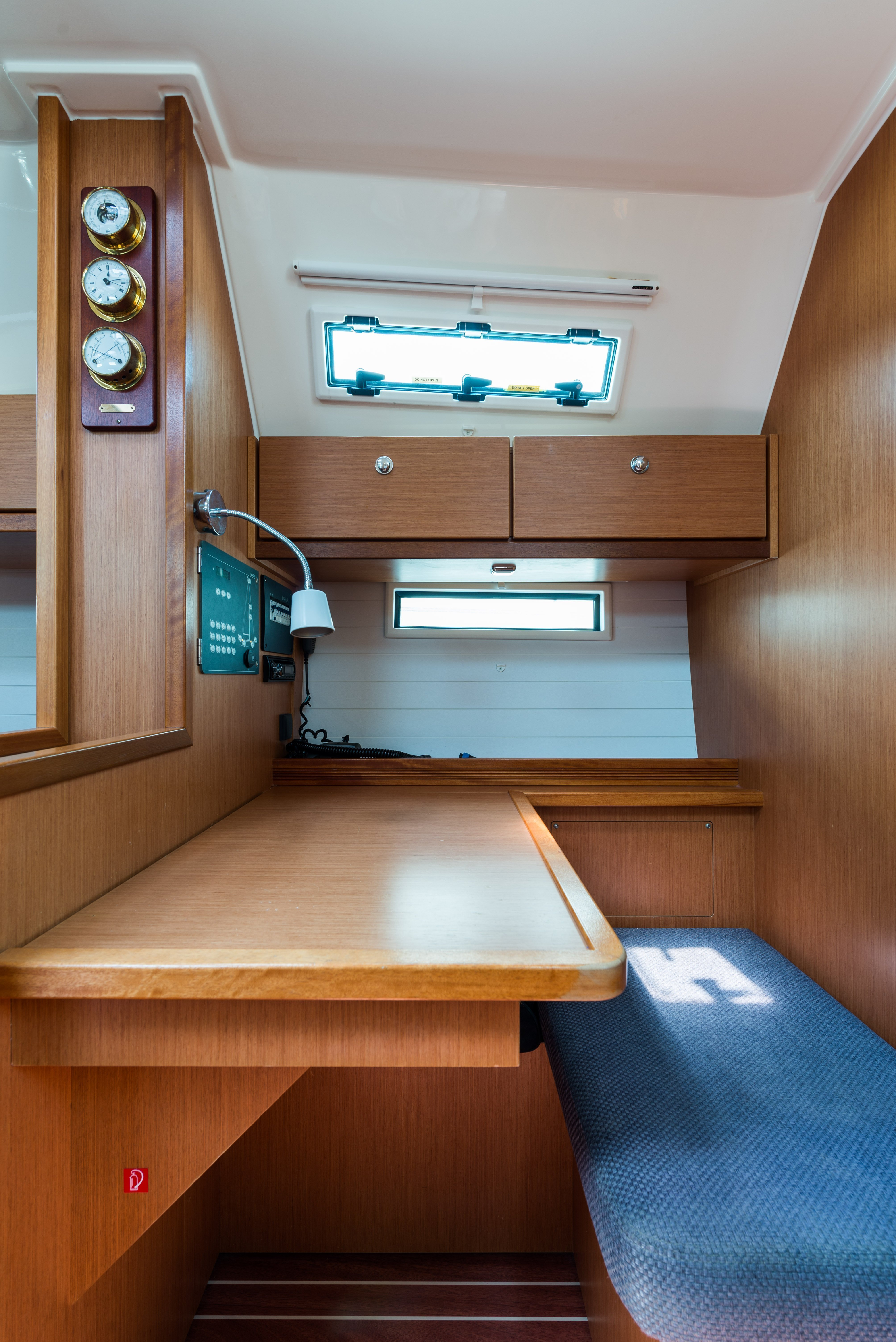 Bavaria 40 Cruiser (Deneb - Bow & Solar)  - 8