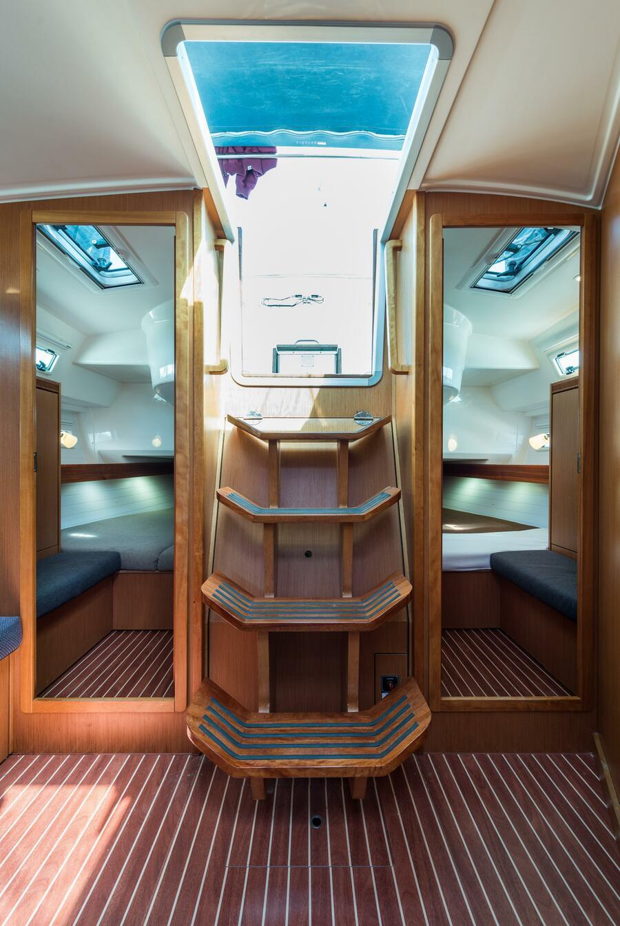 Bavaria 40 Cruiser (Deneb - Bow & Solar)  - 9