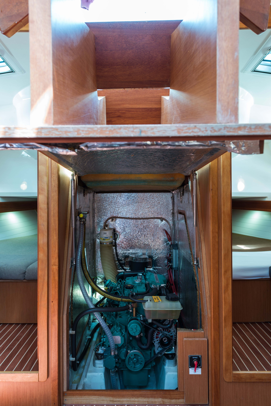 Bavaria 40 Cruiser (Deneb - Bow & Solar)  - 20