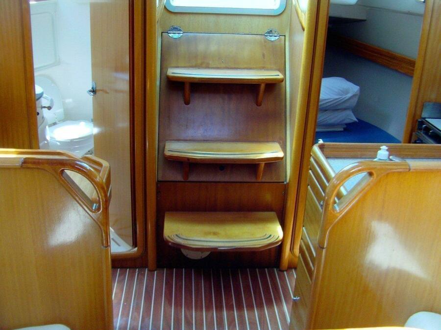 Bavaria 30 Cruiser (Ana) Interior image - 2