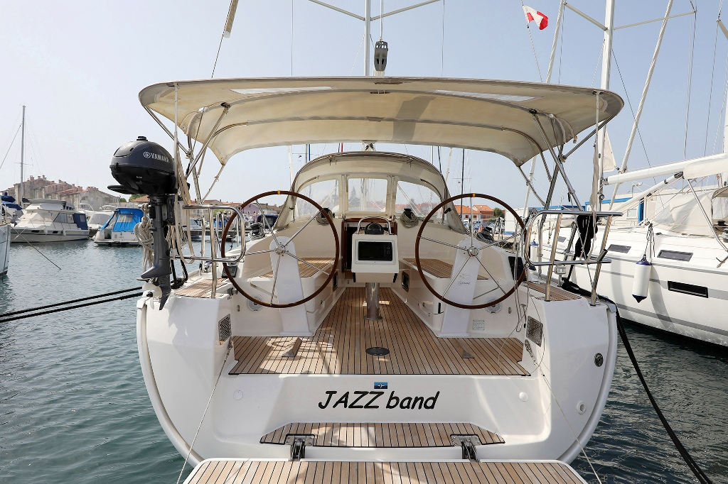 Bavaria Cruiser 37 (JAZZ BAND)  - 2