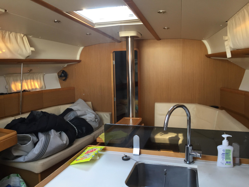 Sun Odyssey 42i (SO42iELX) Interior image - 3