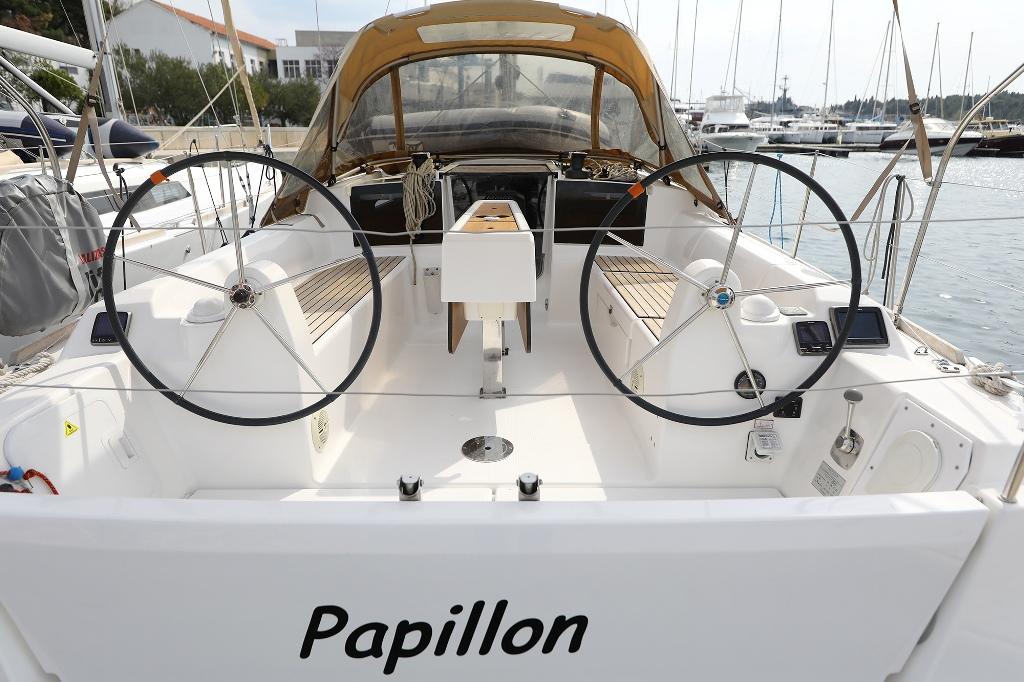 Dufour 350 Grand Large (PAPILLON)  - 9