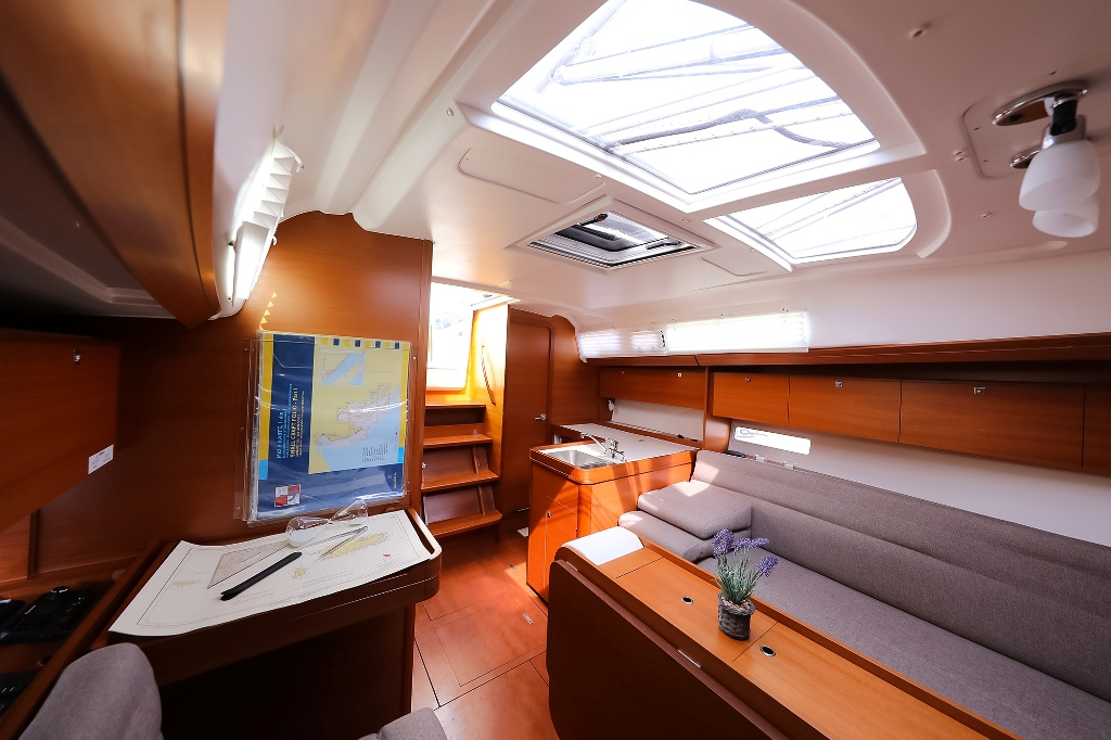 Dufour 350 Grand Large (PAPILLON)  - 8