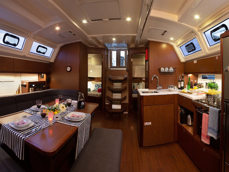 Bavaria Cruiser 46 Style (MARLIN) Interior image - 3