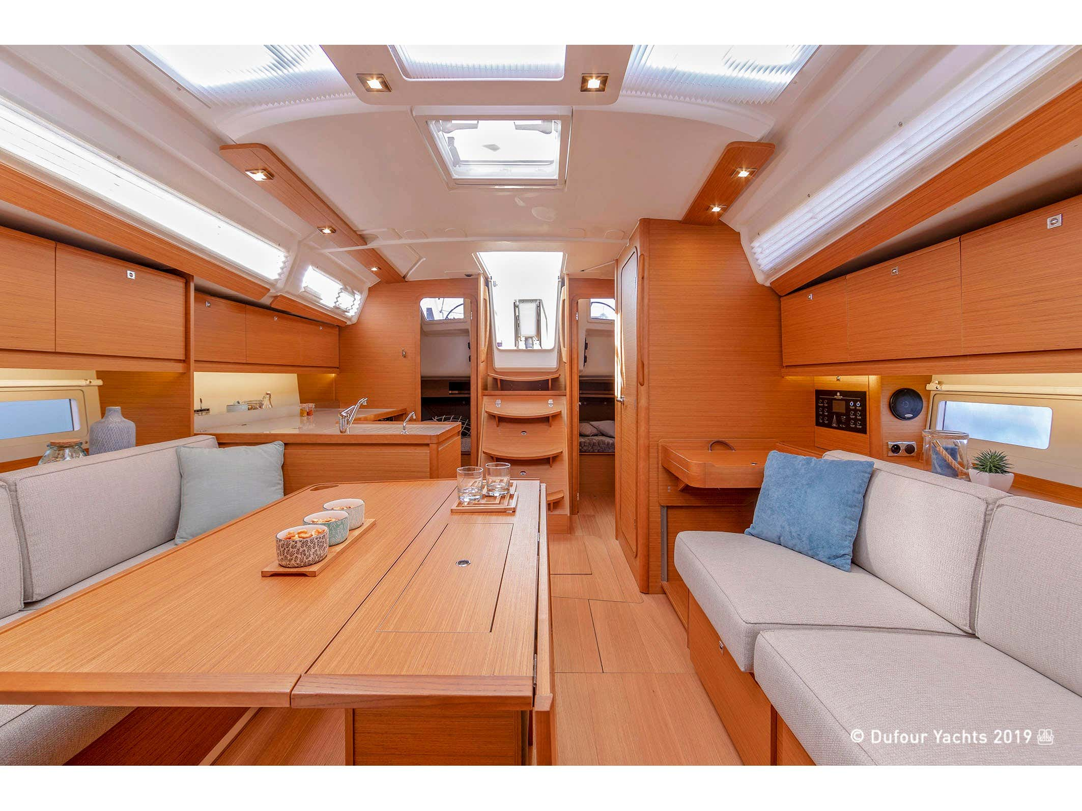 Dufour 390 Grand Large (Swell) Interior image - 2