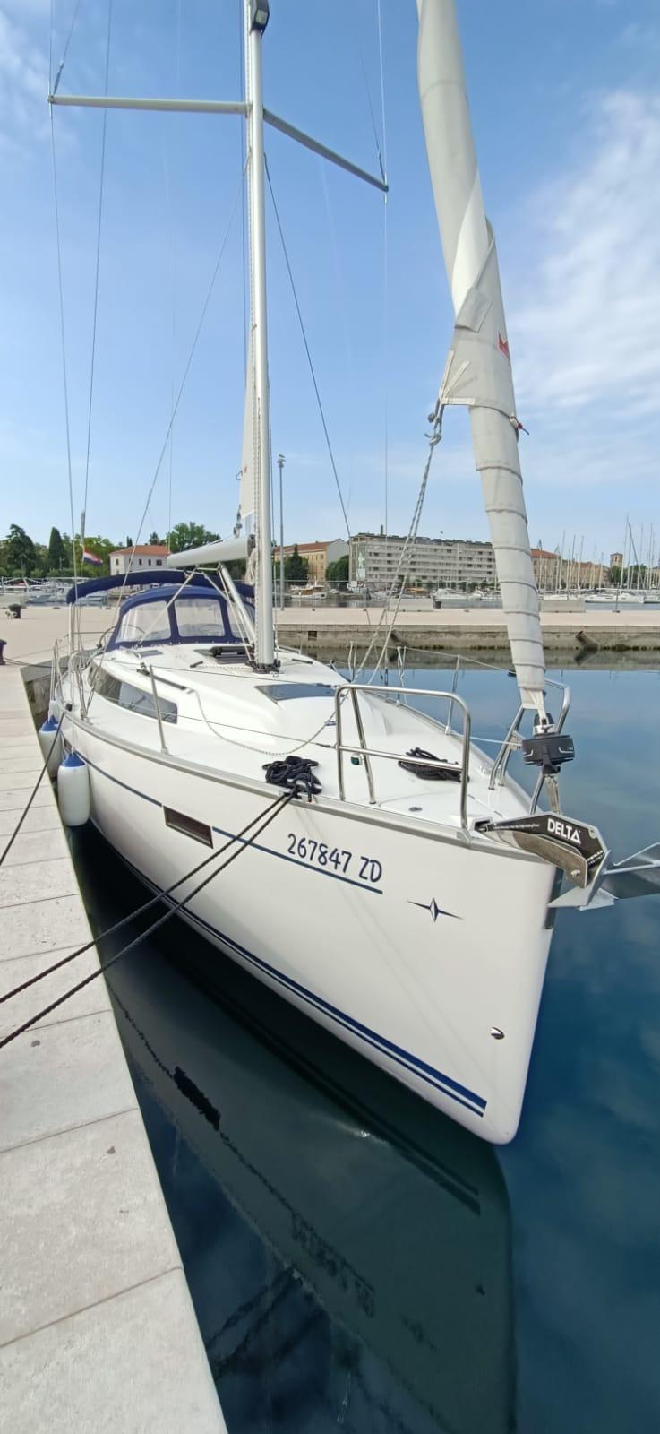 Bavaria Cruiser 37 (AMALIA)  - 1