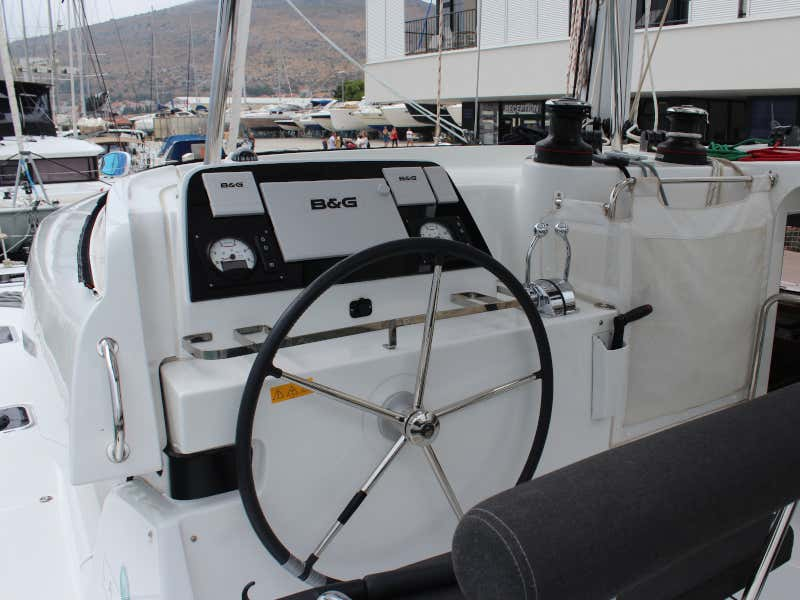 Lagoon 42 (AITUTAKI  (AC in salon + generator))  - 16