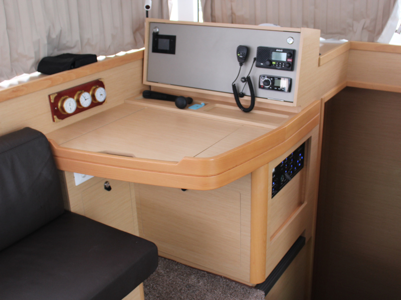 Lagoon 42 (AITUTAKI  (AC in salon + generator))  - 14