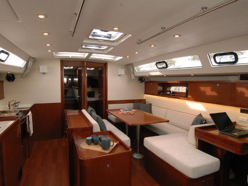 Oceanis 50 Family- 5+1 cab. (La Stella) Interior image - 5
