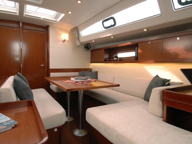 Oceanis 50 Family- 5+1 cab. (La Stella)  - 1