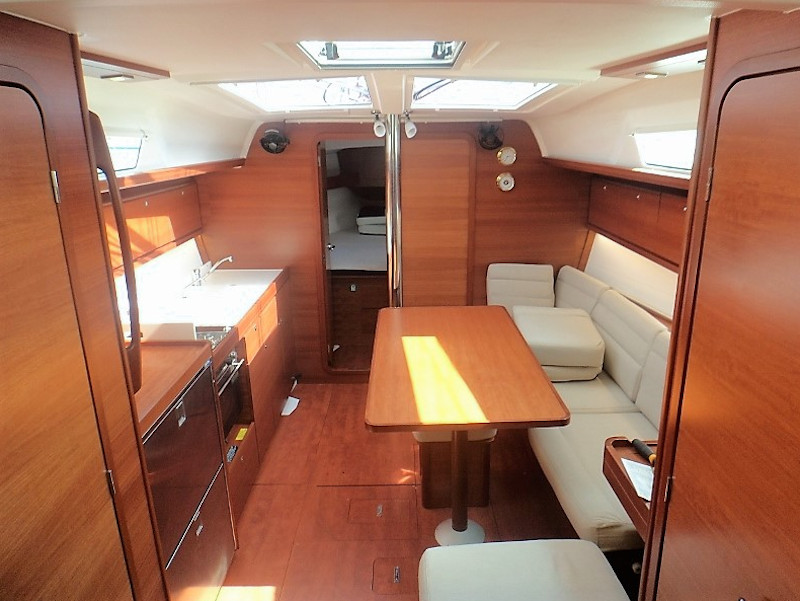Dufour 382 Grand Large (Les Troyens) Interior image - 13
