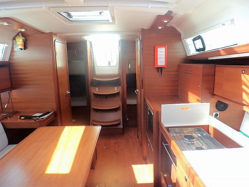 Dufour 382 Grand Large (Les Troyens)  - 9