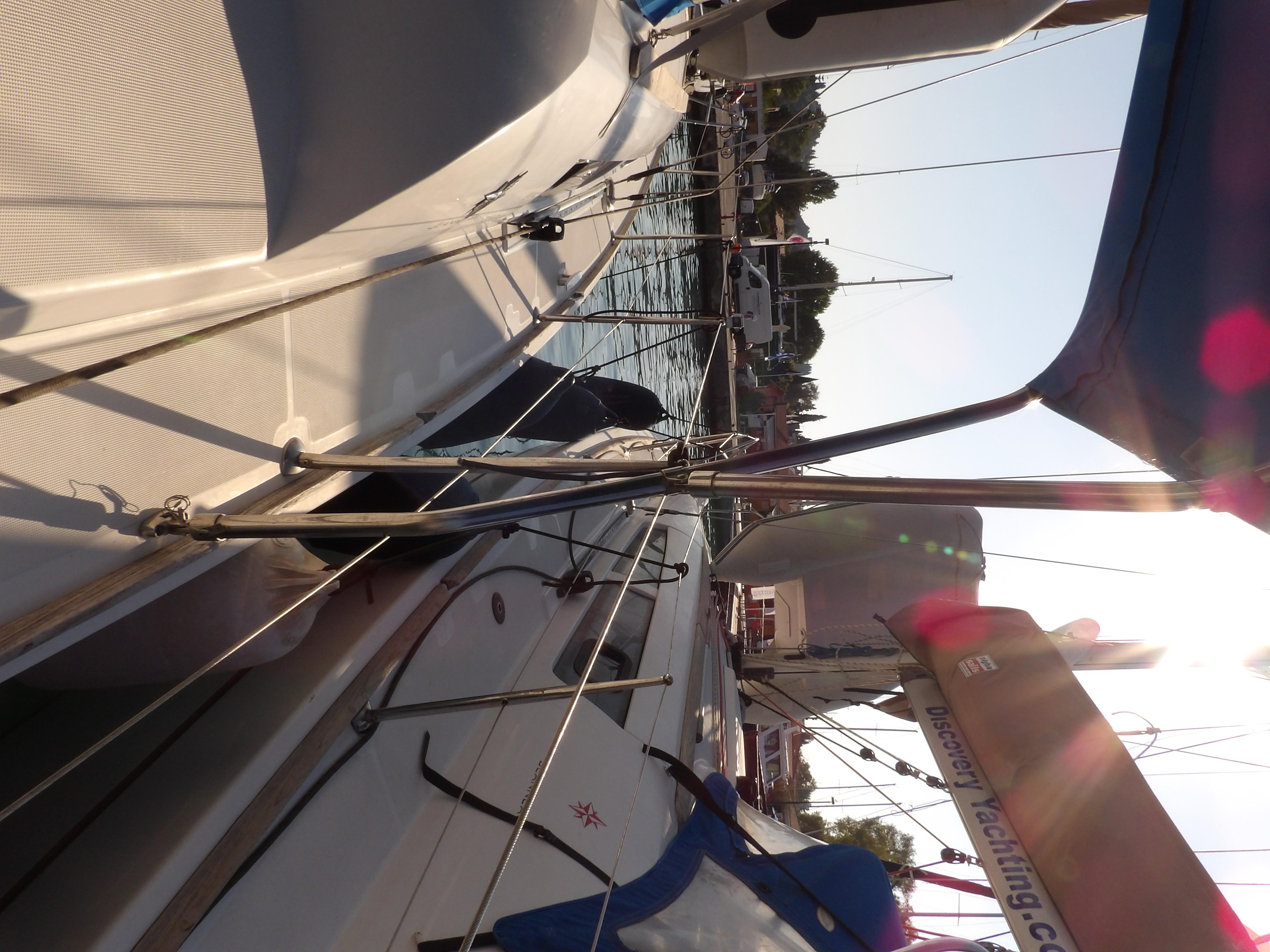 Sun Odyssey 36i (Marina)  - 12