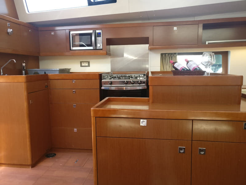 Oceanis 55 (LUCKY TRADER (generator, air condition))  - 5