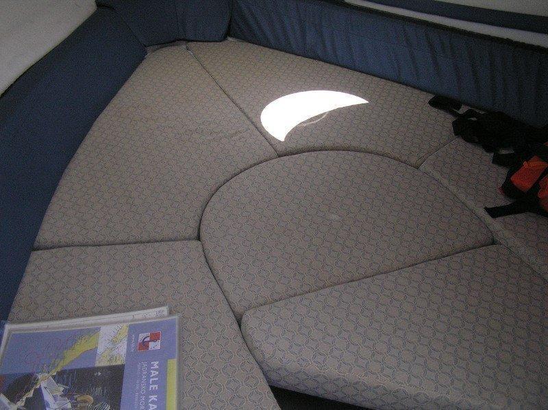 Glastron GS 219 (Arch II-II) Interior image - 2