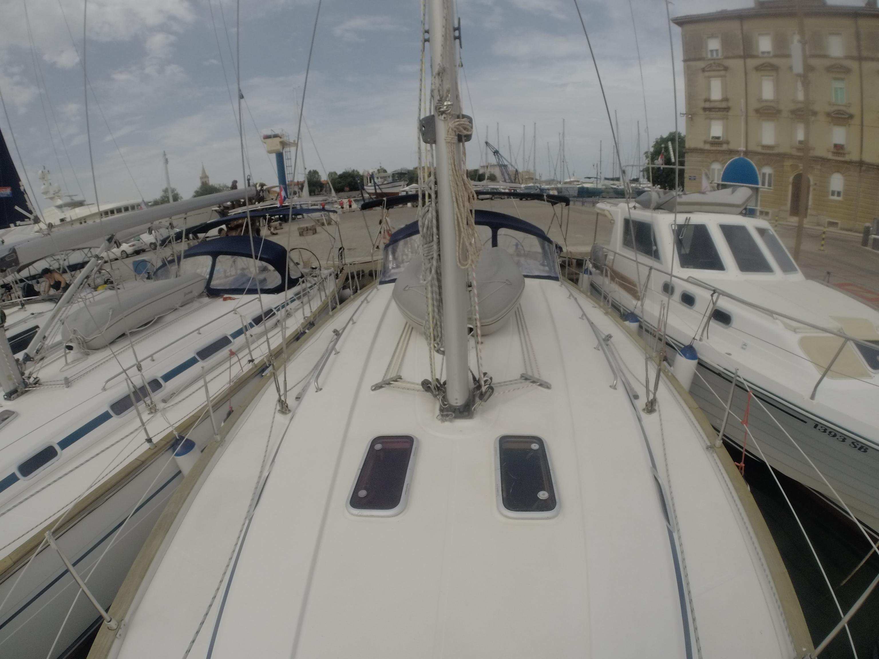 Bavaria 44 (Dišpet - sails 2019/solar panels)  - 12