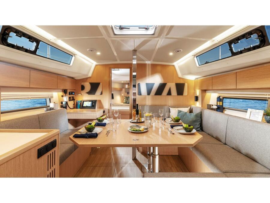Bavaria C42 (Karpouzi | A/C, Bowth, Full teak deck) Interior image - 2