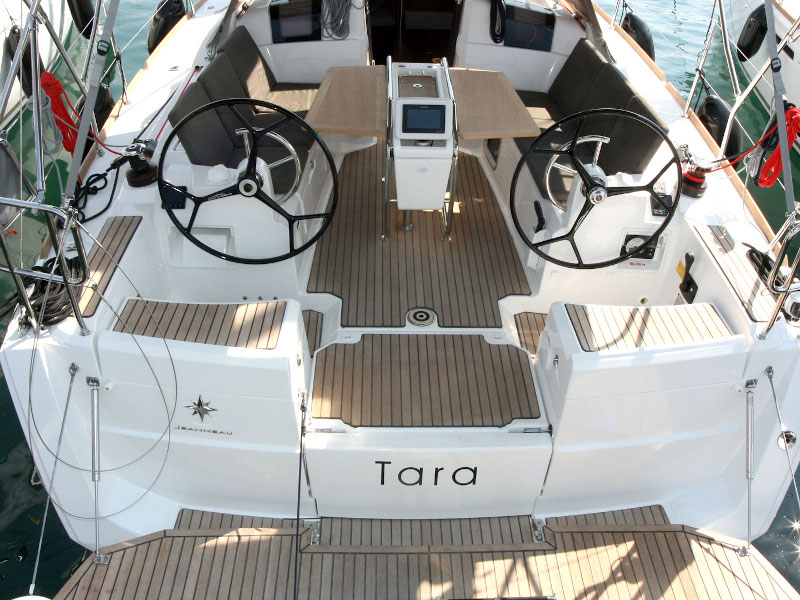 Sun Odyssey 389 - 2 cab (Tara)  - 6