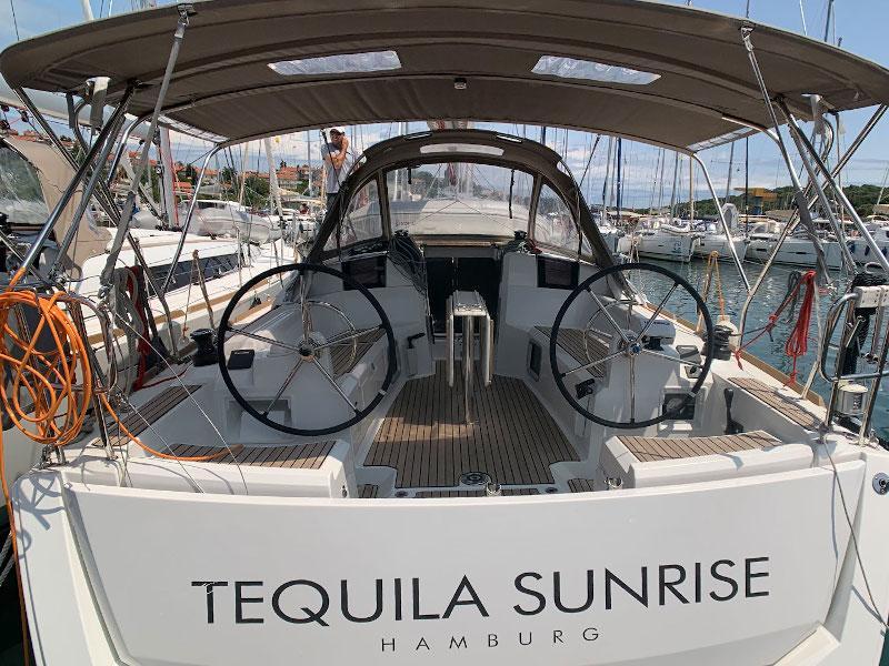 Sun Odyssey 389 (Tequila Sunrise)  - 7