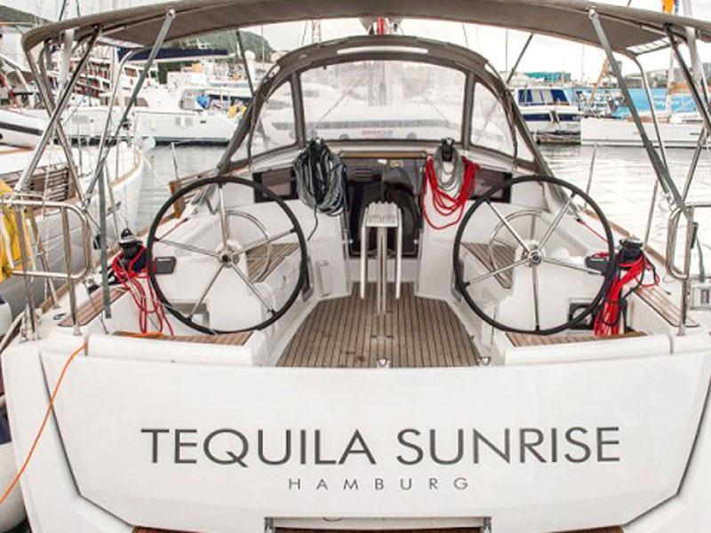 Sun Odyssey 389 (Tequila Sunrise)  - 12