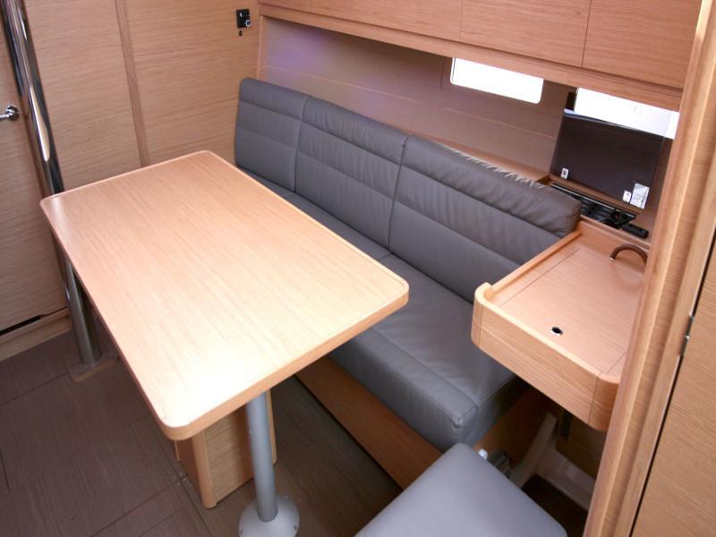 Dufour 382 Grand Large - 2 cab (Lia) Inside saloon - 17
