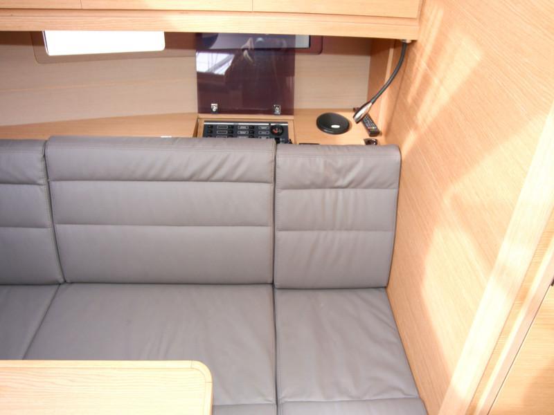 Dufour 382 Grand Large - 2 cab (Lia) Inside saloon - 6