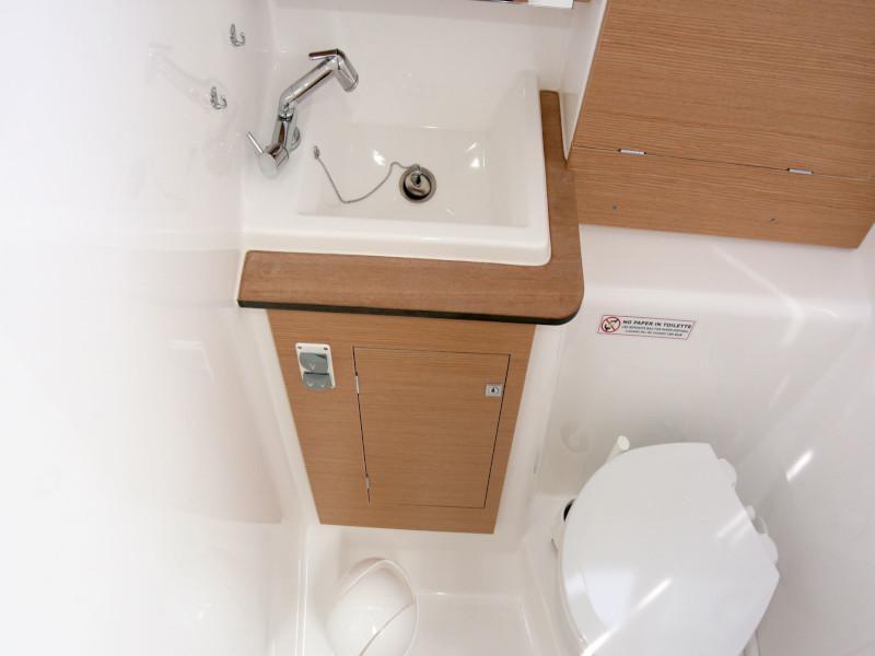 Dufour 382 Grand Large - 2 cab (Lia) Inside toilets - 3