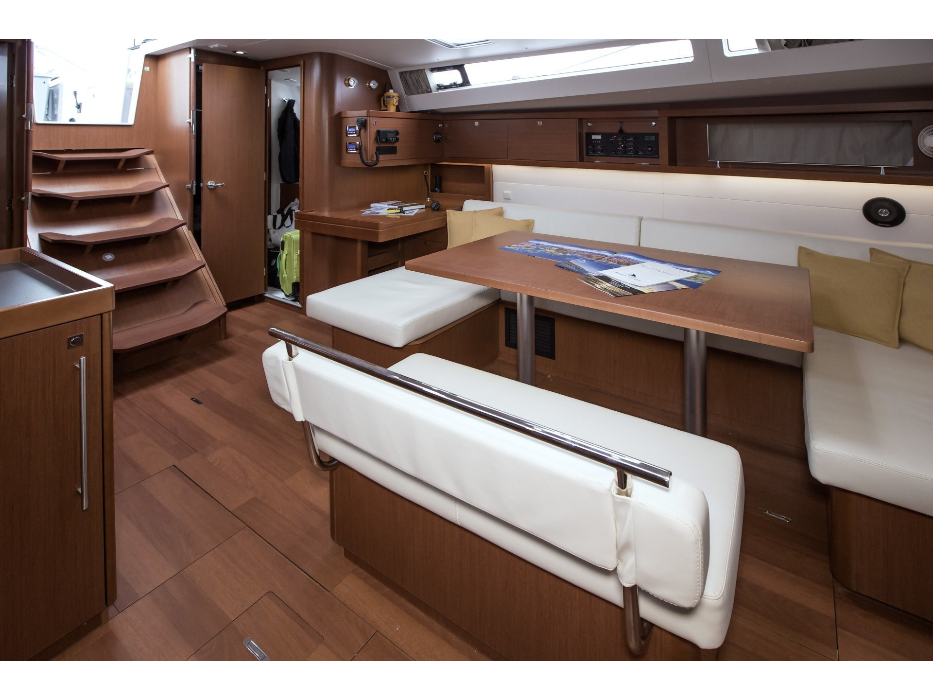 Oceanis 48 (Roxanna (!!!!From Monday)) Interior image - 5