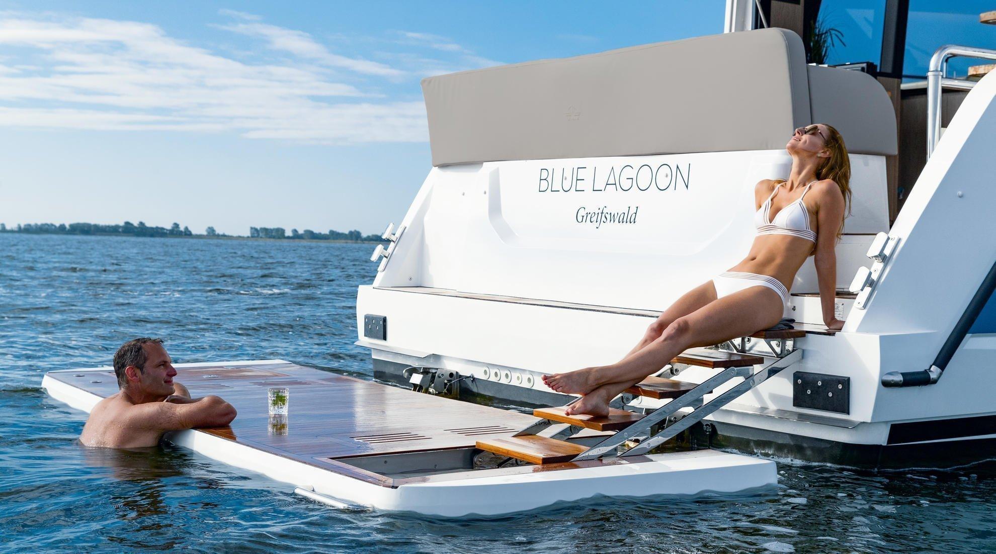 Sealine F430 (BLUE LAGOON)  - 9