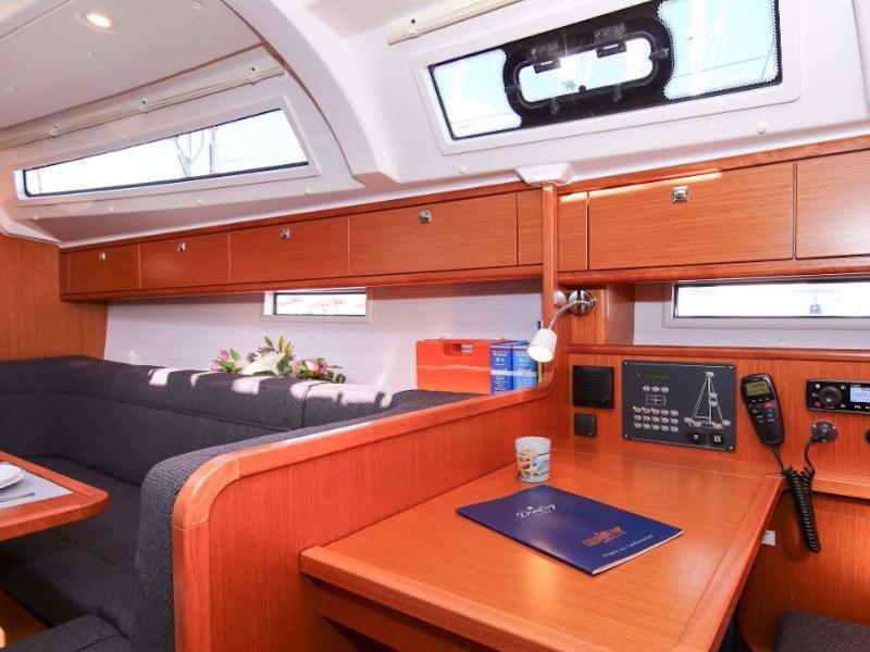 Bavaria Cruiser 41S (Lady Stardust)  - 4