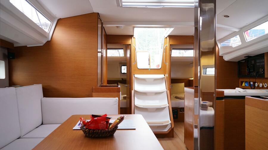 Sun Odyssey 440 - 3 Cabins (White Marlin)  - 3