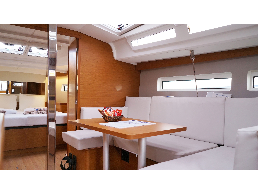 Sun Odyssey 440 - 3 Cabins (White Marlin) Interior image - 21