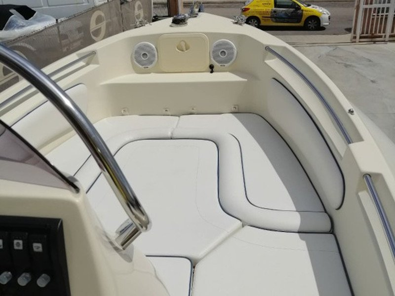 Alson Flash 750 (SMILE V) Interior image - 1