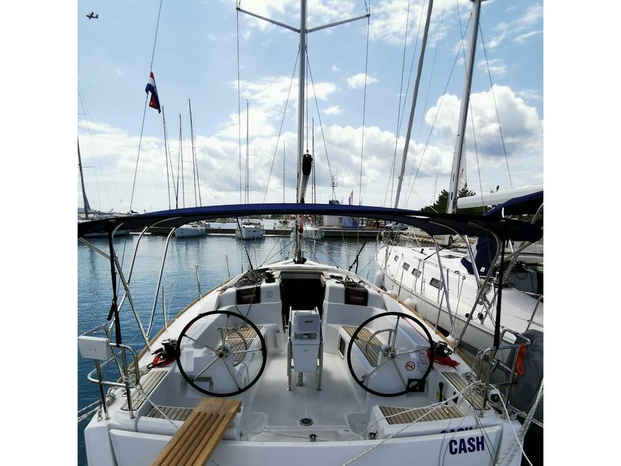 Sun Odyssey 389 (Cash) Main image - 0